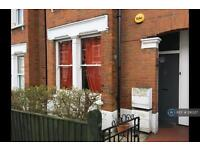 2 bedroom flat in Bovill Road, London, SE23 (2 bed)