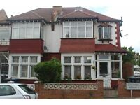 Larger than average 3/4 bedroom Semi Detached house in Finchley Central N3!!!