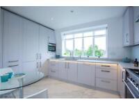 2 bedroom flat in Belvedere Court, Lyttelton Road, London, N2