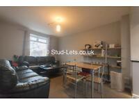 4 bedroom flat in Wretham Place, Shieldfield, NE2