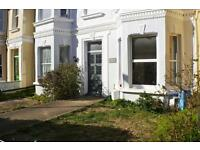 1 bedroom flat in Cambridge Road, Worthing