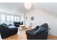STUDENTS CLICK HERE- LARGE 5 DOUBLE BED 4 BATH WITH GYM AND POOL IN ST DAVIDS SQUARE E14 CALL TODAY