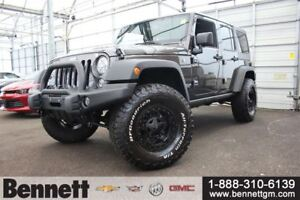2017 Jeep WRANGLER UNLIMITED Rubicon - Leather, Nav, Heated Seat