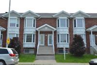 Maison - à vendre - Fabreville - 25784345