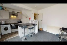 3 bedroom house in Beamsley Place, Leeds, LS6 (3 bed) (#1117223)