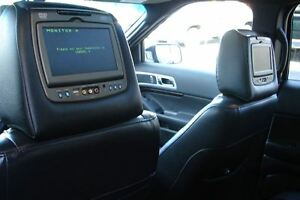 2011 Ford Explorer Limited V6 even has dvd head rests . Peterborough Peterborough Area image 11