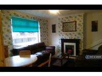 3 bedroom house in Hillside Crescent, Motherwell, ML1 (3 bed)