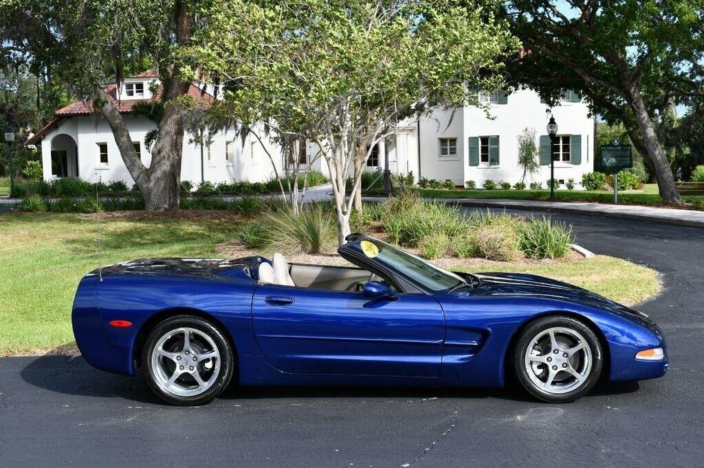 2004 Blue Chevrolet Corvette Convertible  | C5 Corvette Photo 7