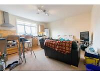 4 bedroom flat in Heaton Place, Heaton, Newcastle Upon Tyne