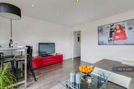 1 bedroom flat in Electra Court, London, NW2 (1 bed) (#1132110)