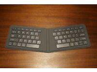 Bluetooth keyboard - folding