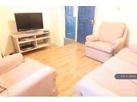4 bedroom house in Egerton Street, Liverpool, L8 (4 bed)