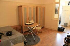 STUDIO. N13. AVAIL DECEMBER. Close to everything, TUBE, TRAIN, BUSES, SHOPS, AMENITIES and MORE N22