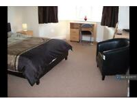 1 bedroom in Liverpool Road, Newcastle Under Lyme, ST5