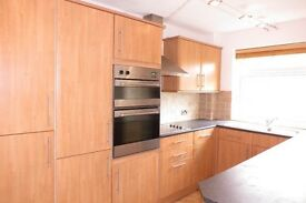 Spacious with Lots of Storage 2 Double Bedroom Flat in The Heart of Wimbledon Available for Viewings