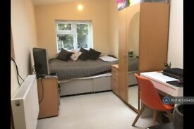 Studio flat in Poolsford Road, London, NW9 (#1028432)