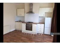 2 bedroom flat in First Floor, Tottenham, London, N17 (2 bed)