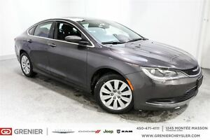 2015 Chrysler 200 LX *LIQUIDATION*