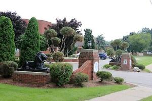 2 Bedroom Apartment for Rent in Leamington: Extra Storage!