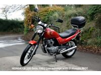 Honda CB 250 Twin Motorcycle (1992) , 7 months MOT, complete with Oxford M30R Tank Bag