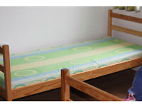 2 Kids wood beds with drawers