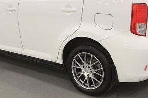 2014 Scion xB Rare Great Fuel Eco White Auto Regina Regina Area image 14