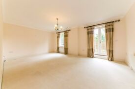 Thanescroft Court - MUST BE SEEN, TWO BEDROOM TWO BATHROOM WITH PARKING IN PARK HILL !!!
