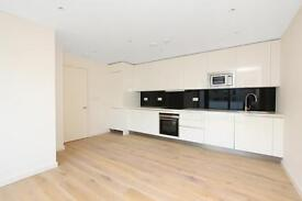 Bright And Airy Two Bed Apartment In N1 Moments Away From The City