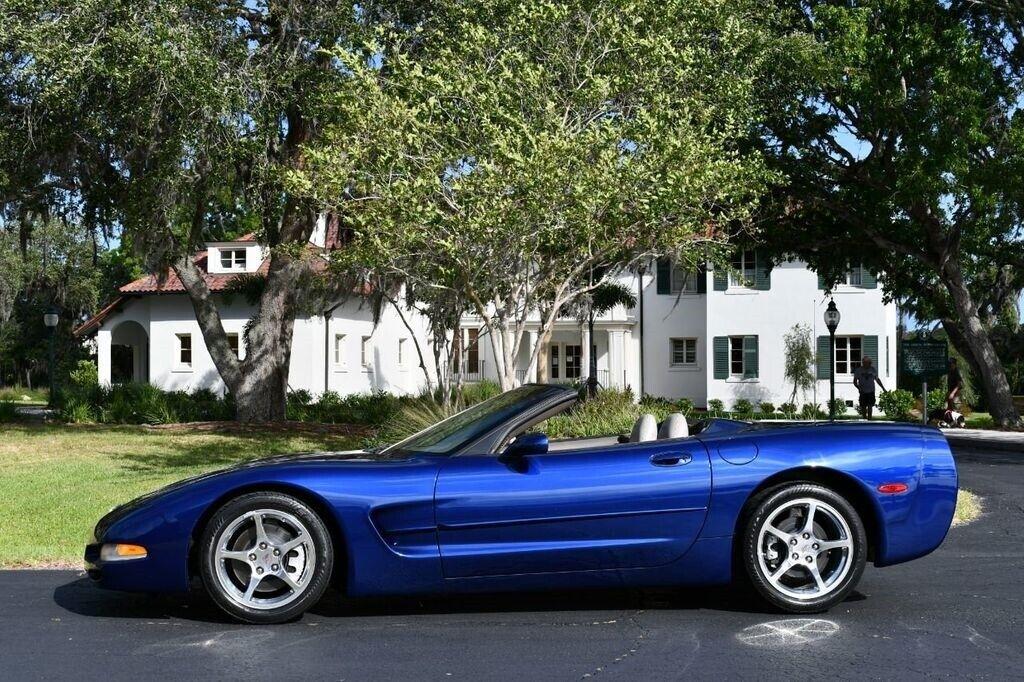 2004 Blue Chevrolet Corvette Convertible  | C5 Corvette Photo 3