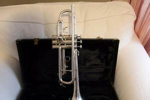Bach Mercedes Trump (Silver Plated) Original In Carrying Case