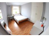 Lovely double room to let in Holloway ALL BILLS INC