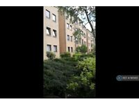 2 bedroom flat in Cleveland Street, Glasgow, G3 (2 bed) (#965821)