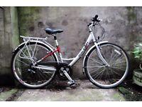 RALEIGH PIONEER METRO, 20 inch, ladies womens hybrid road city bike, 18 speed, loop frame, mudguards