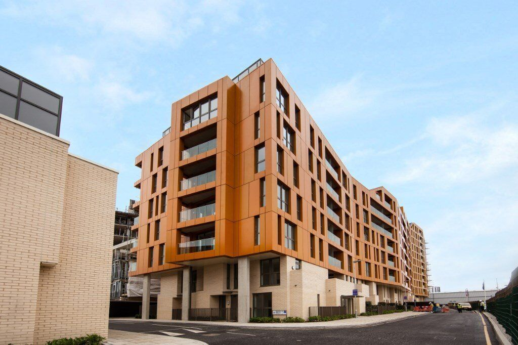 # Stunning brand new 1 bedroom available now in Enderby Wharf - Greenwich!!