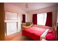 Refurbished double room in professional house-share - Bills inc - no fees