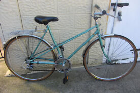 bikes Raleigh Mixte - - (p.s if you can read this it's still for sale)