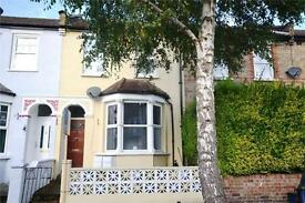 1 bedroom flat in New Trinity Road, East Finchley, London, N2