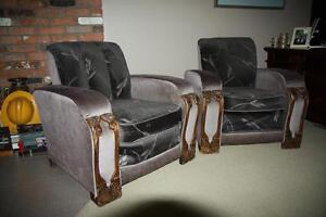 Antique sofa with two chairs