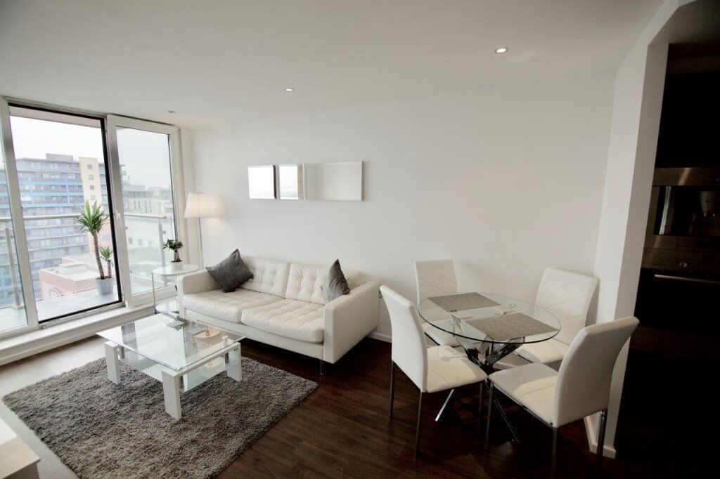 LUXURY 2 BED OXYGEN BUILDING E16 CANNING TOWN ROYAL VICTORIA EXCEL CANARY WHARF ROYAL DOCKS