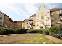 2 bedroom flat in Rose Bates Brive, Kingsbury , NW9 (2 bed)