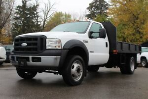 2007 Ford F-550 11' Flat Bed With Low Kilometers