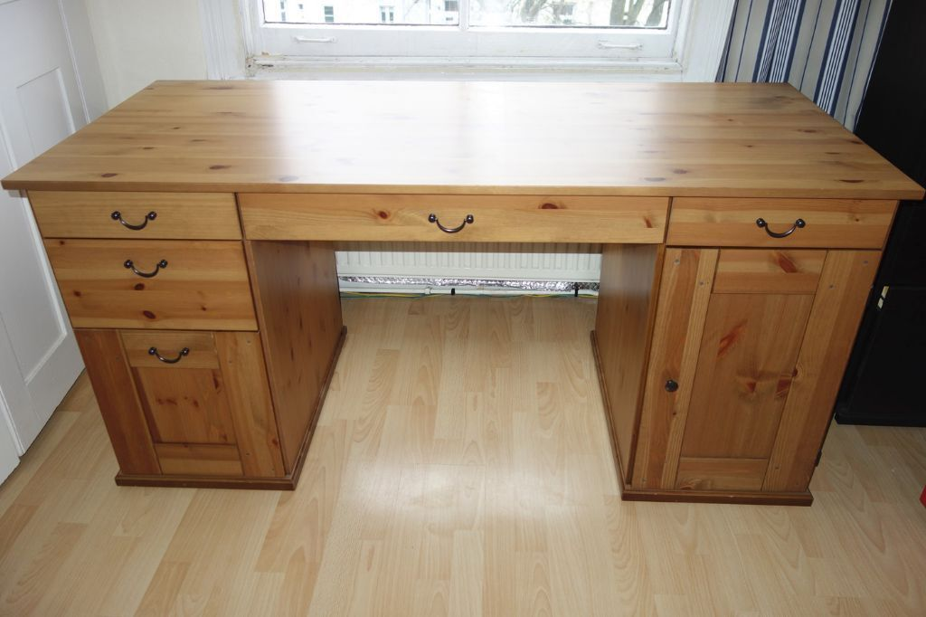 IKEA Alve Hemnes Leksvik pine wood large desk excellent condition in St Johns Wood, London