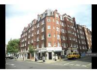 2 bedroom flat in Sandwich Street, London, WC1H (2 bed)
