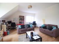 **Very large 3 double bedroom top floor flat with a view in a perfect location in Crouch End!!**