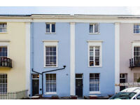 ***Assistant for successful short lets business in Clifton, Bristol - part time***