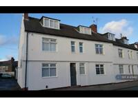 2 bedroom flat in Poulton Road, Wirral, CH44 (2 bed)
