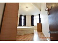 1 bedroom flat in Summerset House, Luton, LU2 (1 bed) (#1128797)
