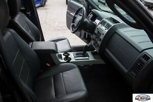2010 Ford Escape XLT AWD 3.0L - Leather - Accident Free Sarnia Sarnia Area image 18