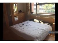 1 bedroom in Cranbrook Road, Essex, IG6