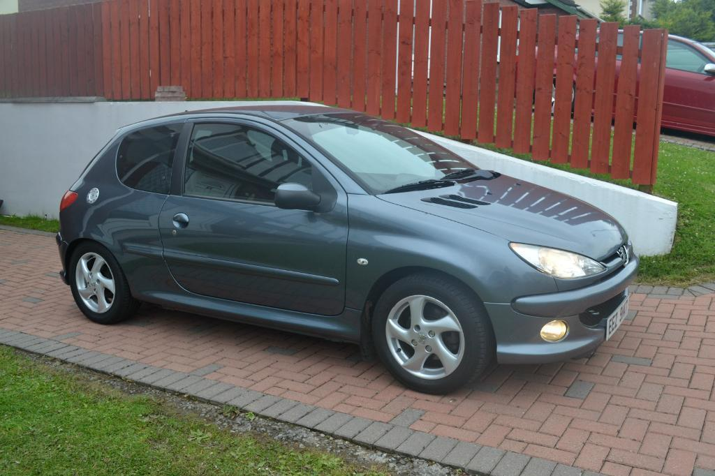 peugeot 206 2 0 hdi sport not corsa polo seat in. Black Bedroom Furniture Sets. Home Design Ideas